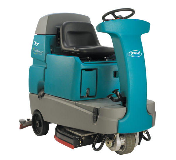 Tennant T7 floor scrubber dryer
