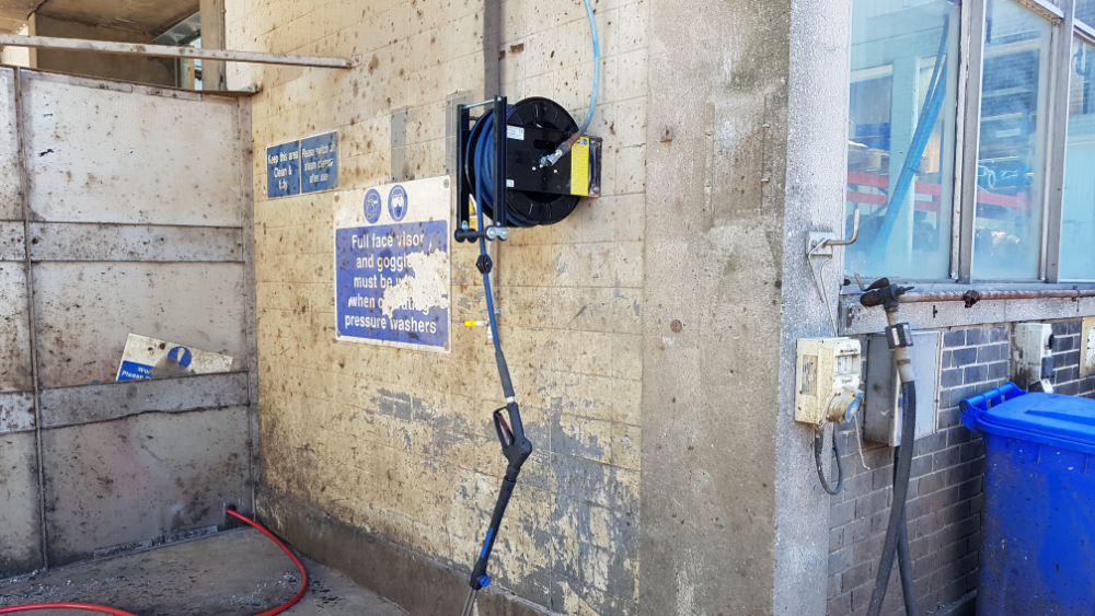 Wall Mounted Hose Reel With 20m High Pressure Hose